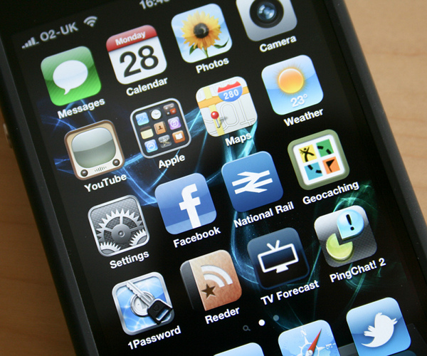 iphone apps image by william hook via Flickr Creative Commons