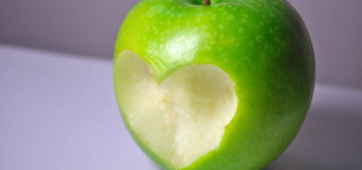 apple_love_by_my_paper_heart-d3broqj
