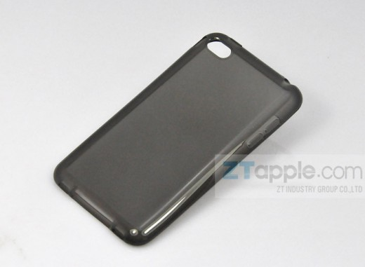 6101231816 990060ee13 b 520x3811 iPhone 5 reportedly stolen from factory could be source of redesign rumors