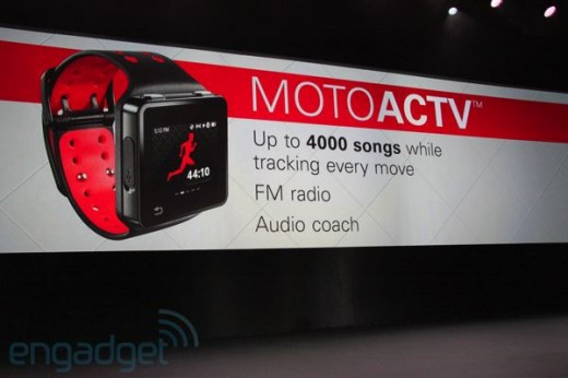 201110185187 520x346 Motorola announces Motoactv music and fitness device and F700 Bluetooth headset