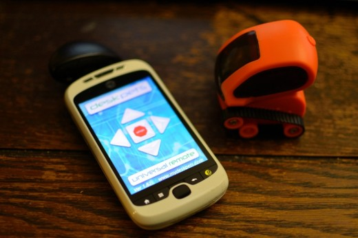 remotebot 520x346 Tankbot: The perfect $25 smart robot stocking stuffer for geeks of all ages