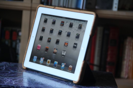 IMG 5459 520x346 TNW Review: Grove uses bamboo, leather and lasers to protect your iPad 2