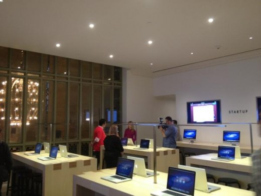 large 3 520x390 Apples new Grand Central store opens Friday, heres a photo tour
