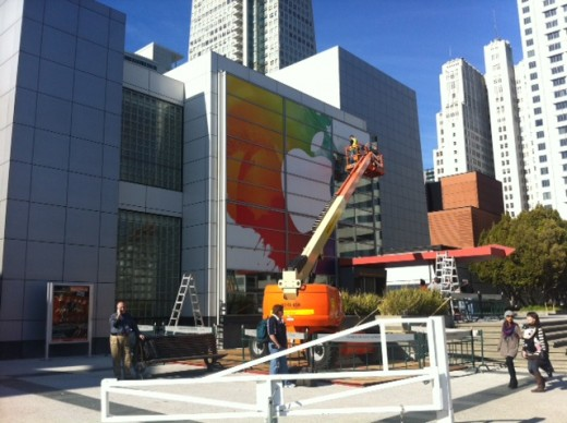 photo 21 520x388 Apples signage for the March 7th iPad 3 event is nearly complete [pictures]