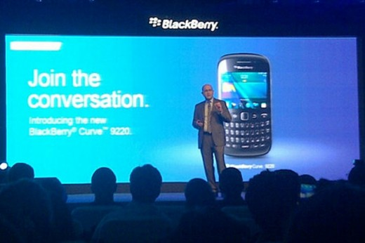 blackberry curve 9220 180412 520x346 Last week in Asia: Chinese censorship criticized, more iPad launches, Twitters Japan focus and more