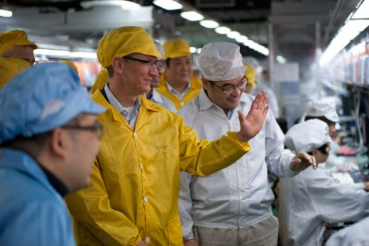 Foxconn CEO: Apple to share the cost of improving workers conditions