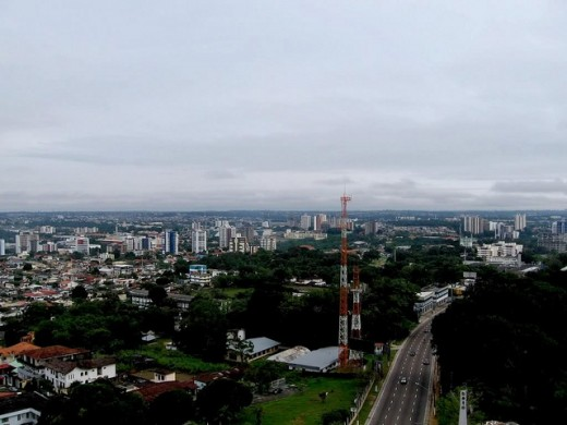 manaus skyline by lukas am 520x390 18 Latin American tech hubs you should know