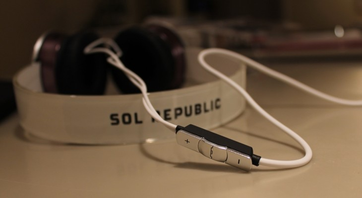 e1 730x399 SOL Republics Tracks HD headphones   funky, great sound...and indestructible?