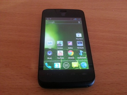 yolo 520x390 YOLO! Kenyan network Safaricom launches Africas first Android device powered by Intel