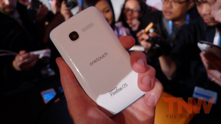 Alcatel2wtmk Hands on with Firefox OS: ZTE Open and Alcatel One Touch Fire