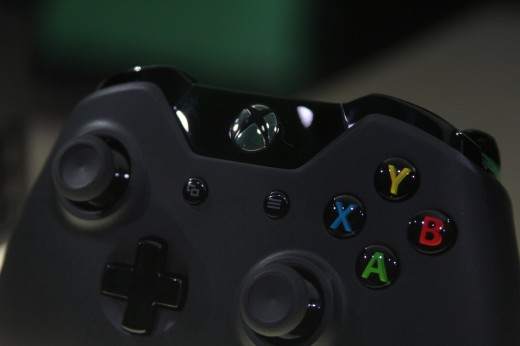 IMG 7967 520x346 Eyes on the Xbox One: An edgy beast with a new controller and Kinect sensor