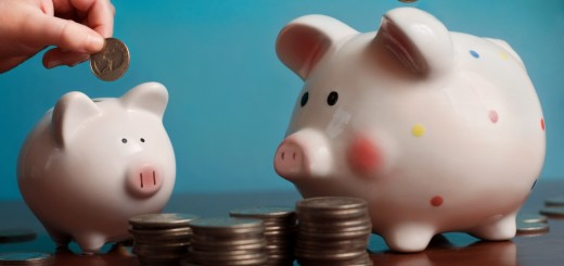 piggybank 520x245 How the Web is powering the revolution underway for personal finance