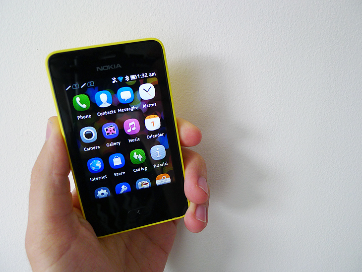 newasha5 Nokia Asha 501 review: A colorful, $99 handset bringing smartphone like experiences to the masses