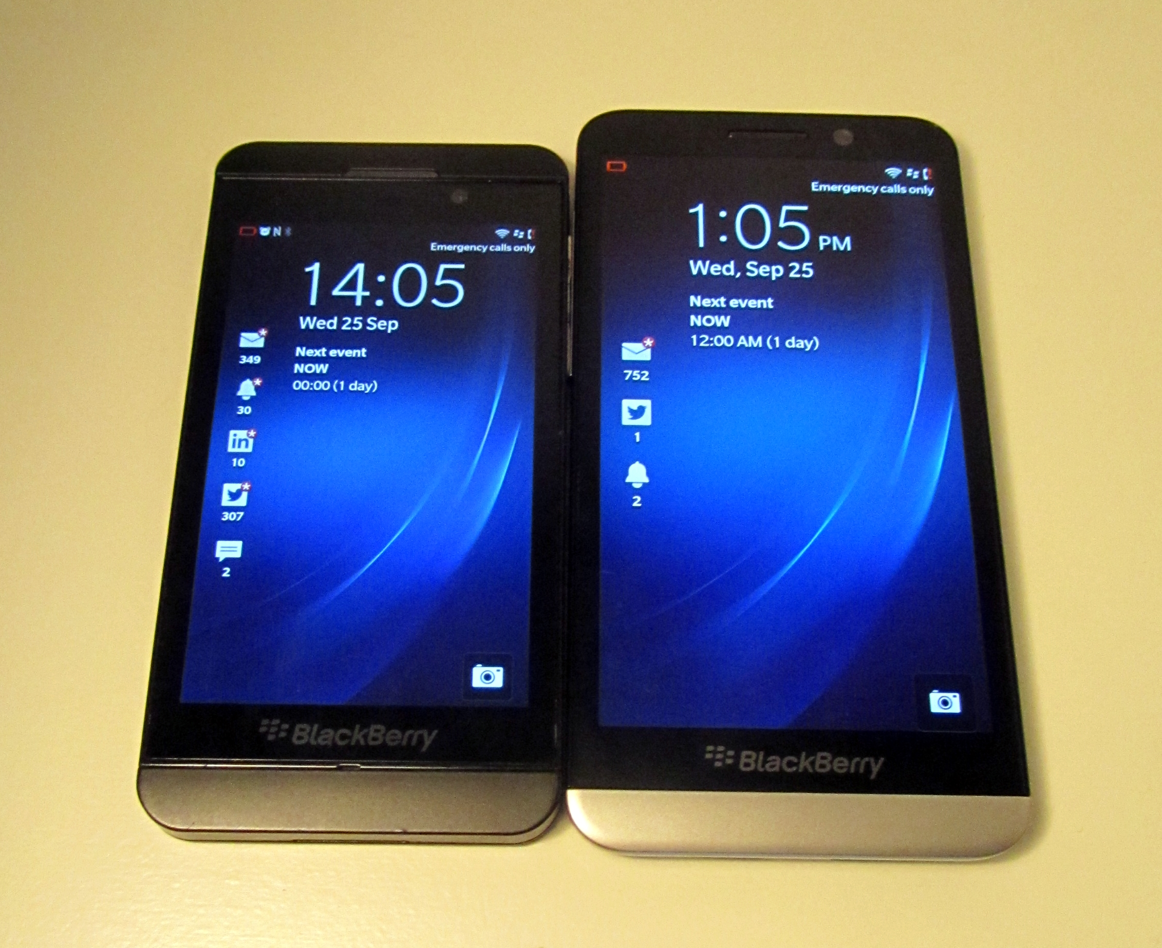 BlackBerryZ10 BlackBerryZ30 BlackBerrys new Z30 flagship smartphone: Hands on first impressions