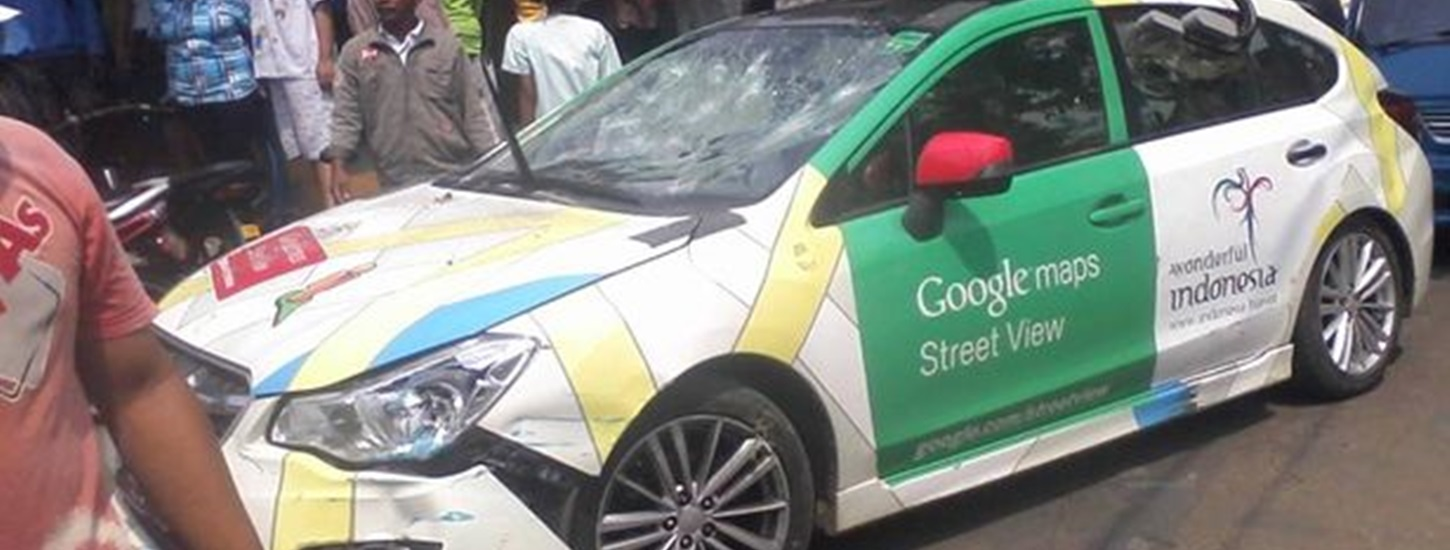 Google Street View car crashes into TWO minivans and a parked vehicle - driver runs off [Photos]