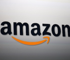 151368933 Amazon seeks 70,000 full time holiday employees in the US, up 40% from last year