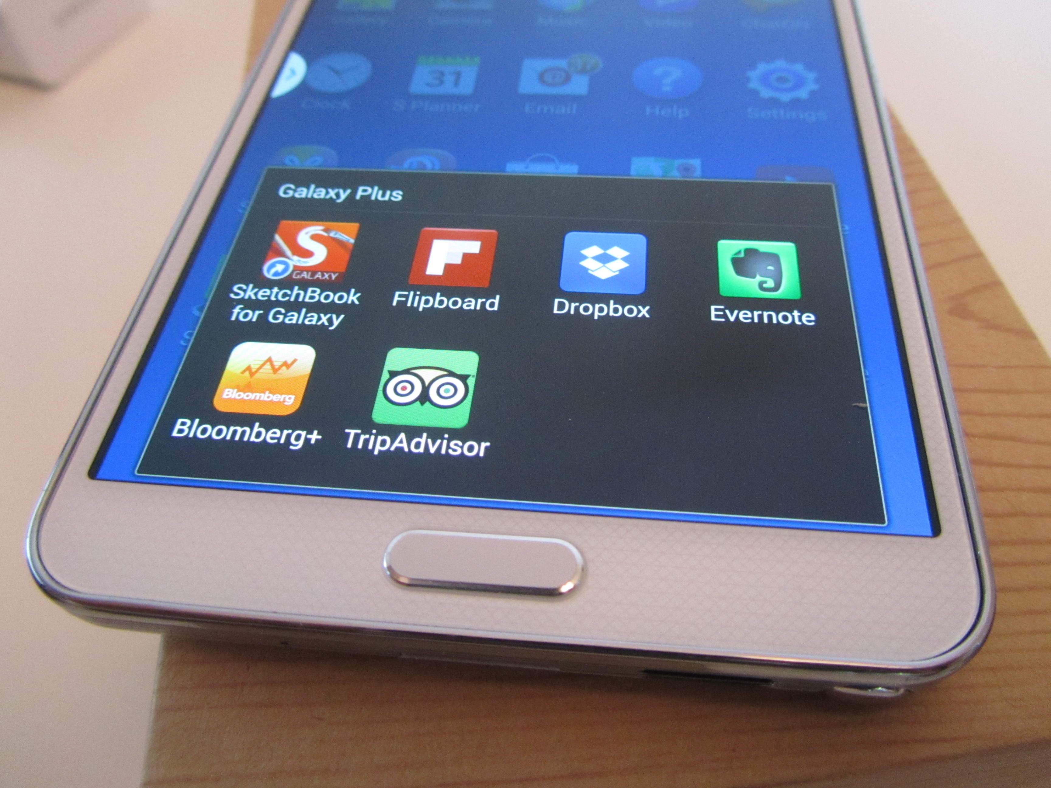 Note3 apps Samsung Galaxy Note 3 review: One of the best Android handsets money can buy, if you can hold it