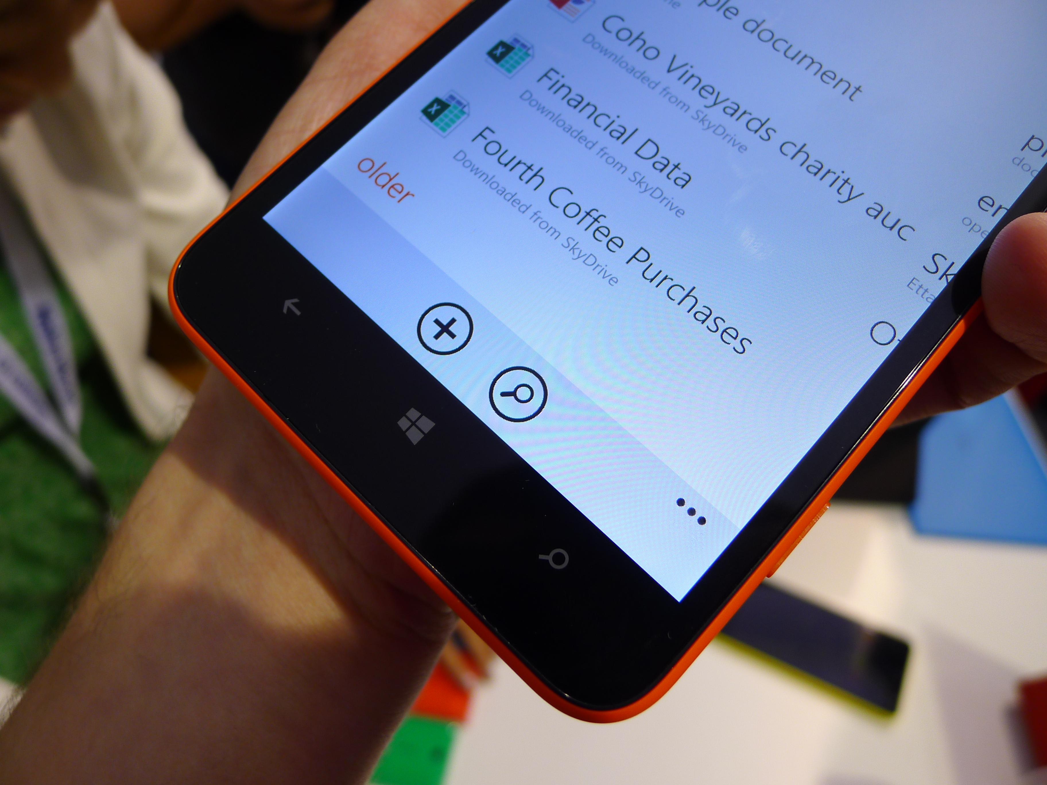 P1040494 Nokia Lumia 1320 hands on: How does this 6, 720p smartphone stack up against the Lumia 1520?