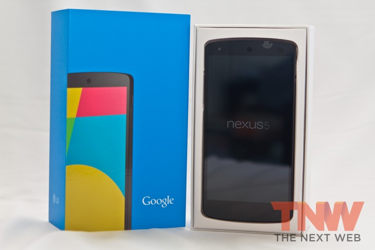 IMG 1941 730x486 Hands on first impressions of Googles Nexus 5 and Android 4.4 KitKat