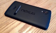 Nexus 5 rear 220x131 Nexus 5 review: Finally, a near perfect fusion of Android hardware and software