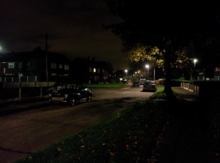 Night scene 730x540 Nexus 5 review: Finally, a near perfect fusion of Android hardware and software