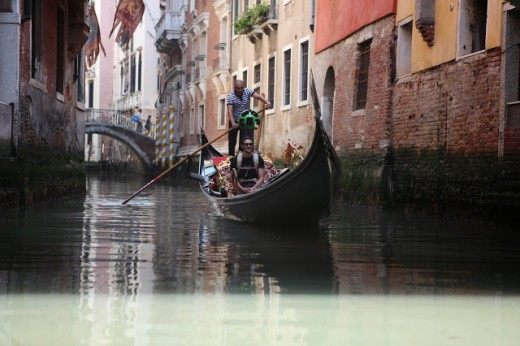 Google Street View now lets you sail down the canals of beautiful Venice