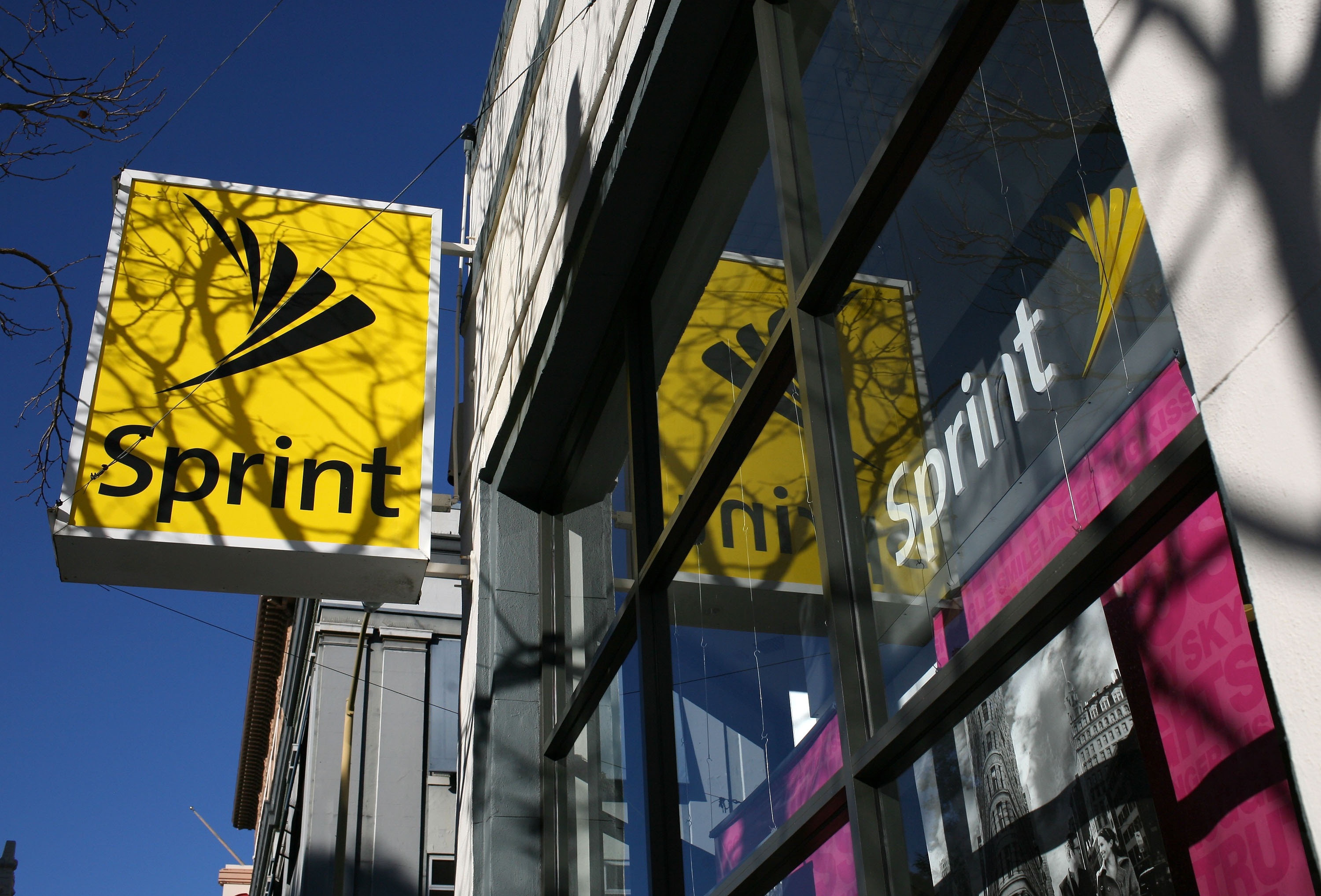 SoftBank's Sprint reportedly interested in acquiring Deutsche Telekom's T-Mobile US