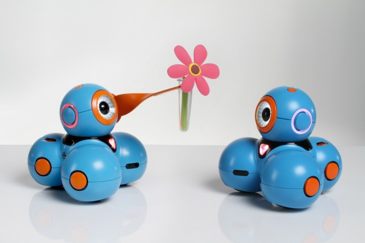 Bo gives a friend a flower 730x486 With $1.4m in funding, Bo and Yana are robots on a mission to teach kids as young as five to code