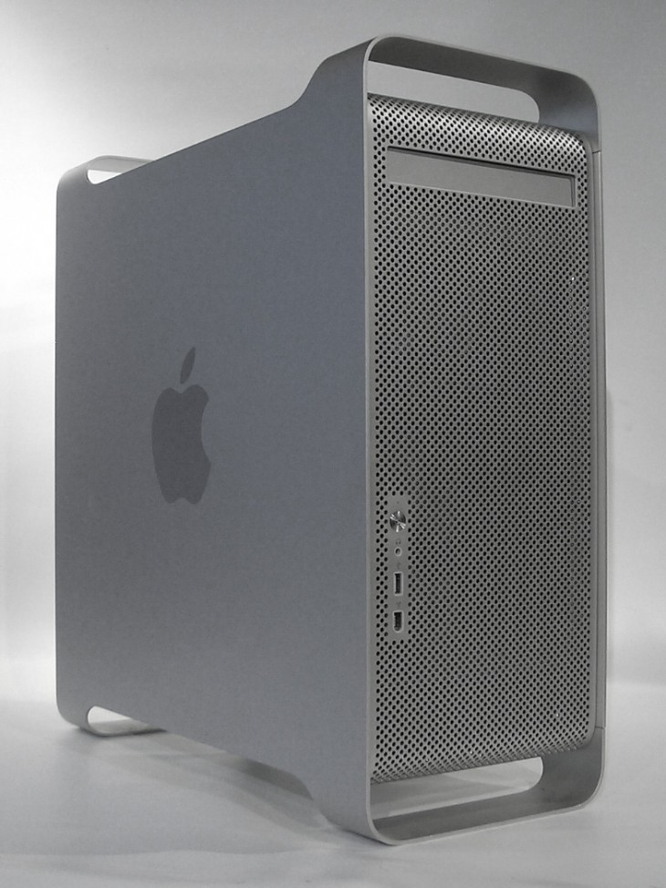 21 powermacg5 730x973 30 years in 33 photos: A visual history of the Apple Mac