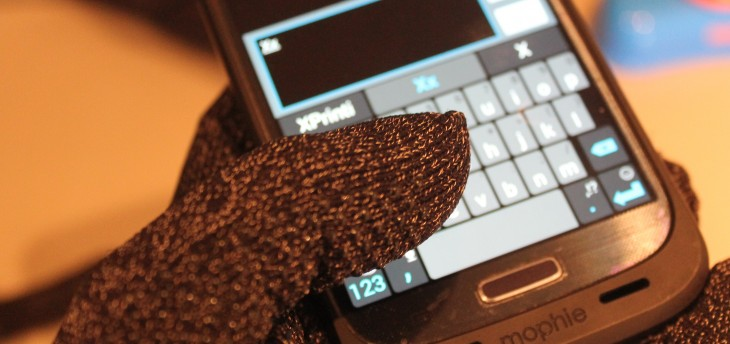 IMG 2244 730x344 Mujjos mitts: This companys taking touchscreen gloves to the next level