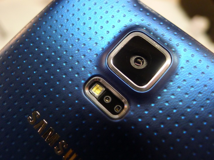 P1050090 730x547 Samsung Galaxy S5 hands on: Is the fingerprint scanner and heart rate monitor just a gimmick?