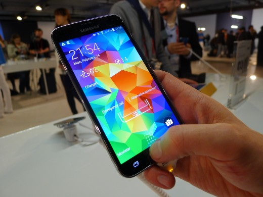 P1050129 520x390 Samsung Galaxy S5 hands on: Is the fingerprint scanner and heart rate monitor just a gimmick?