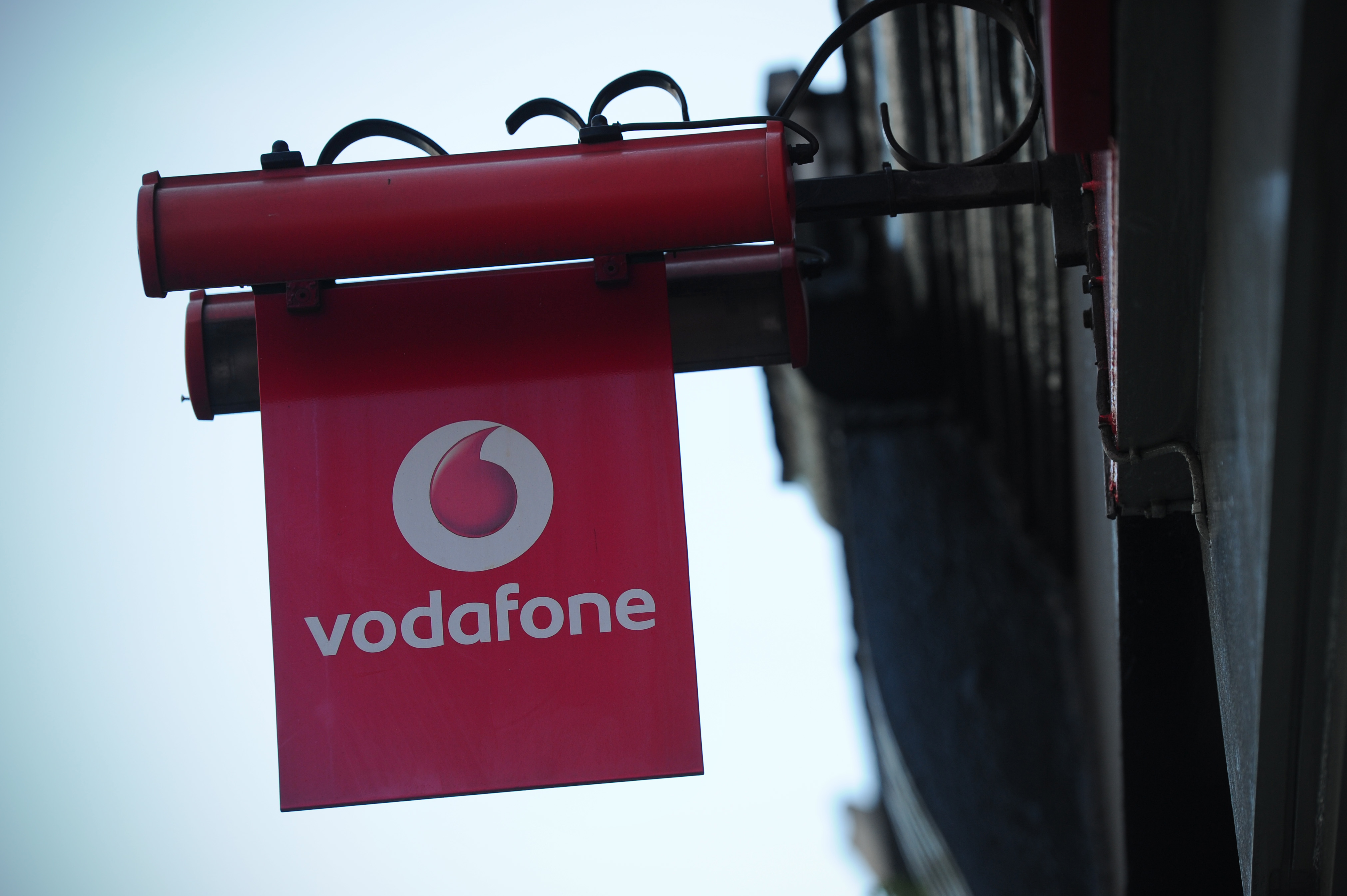 Vodafone Debuts 13GB Red XXL 4G plan in the UK