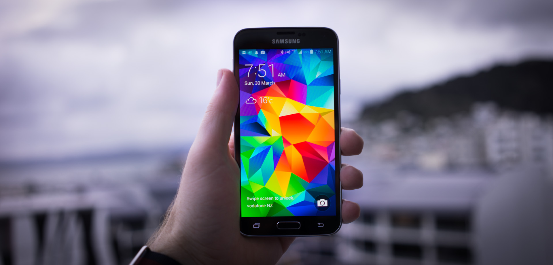 Samsung Galaxy S5 Goes on Sale Worldwide