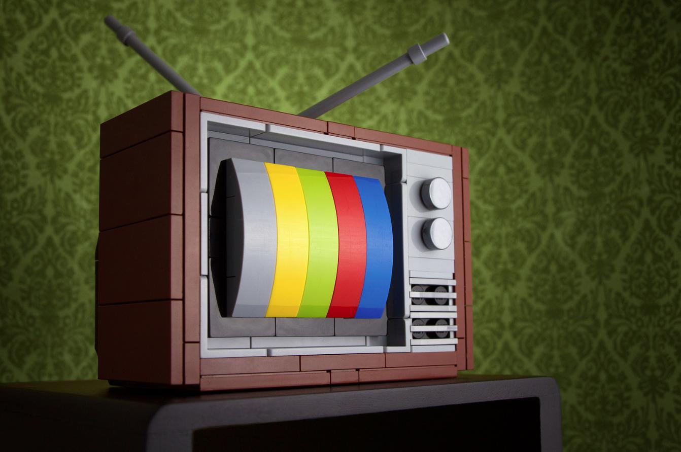 Что и как можно сделать из старого телевизора? Когда умелые руки лучше 53