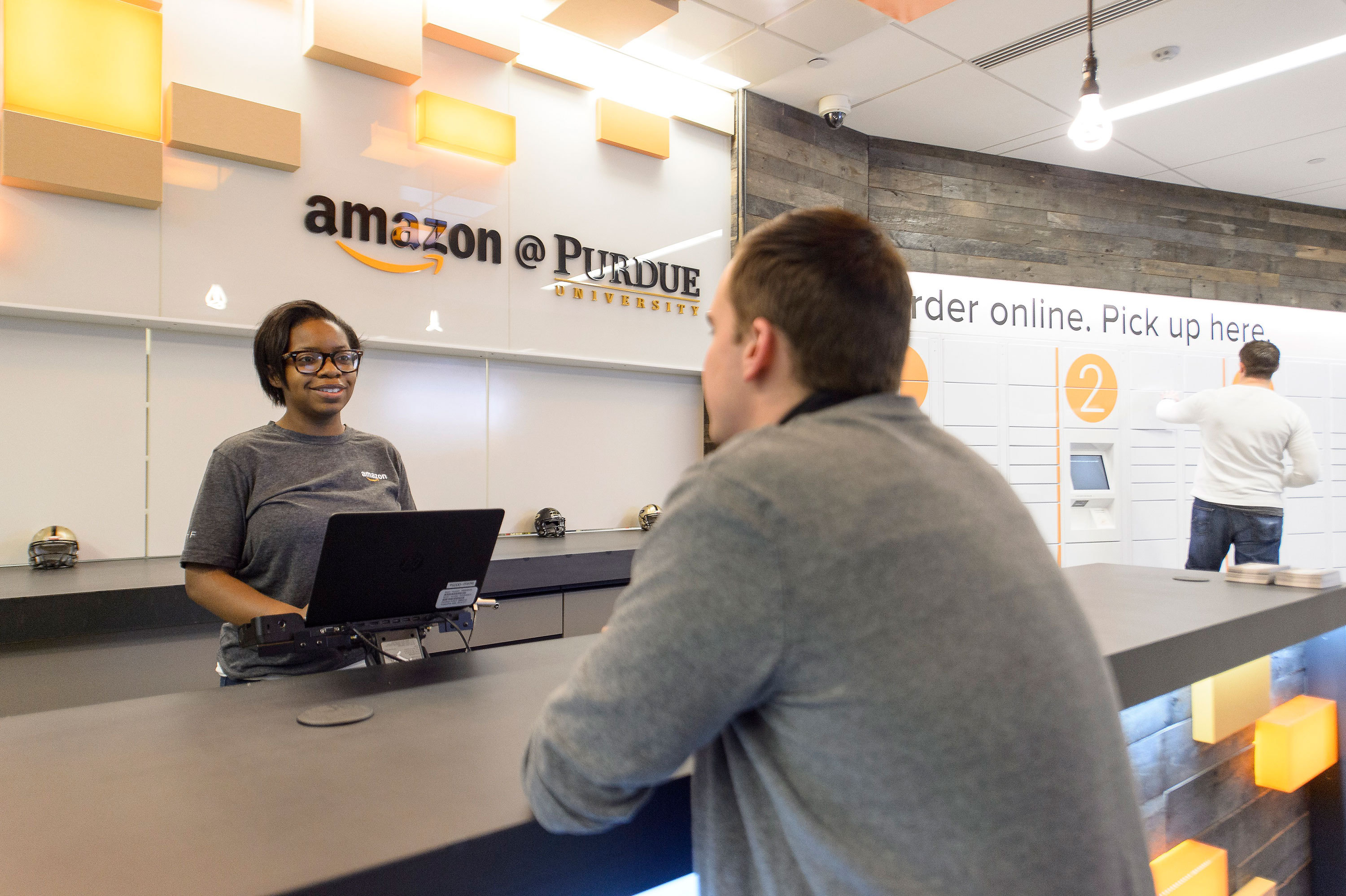 amazon launches first staffed pickup and drop off location. Black Bedroom Furniture Sets. Home Design Ideas