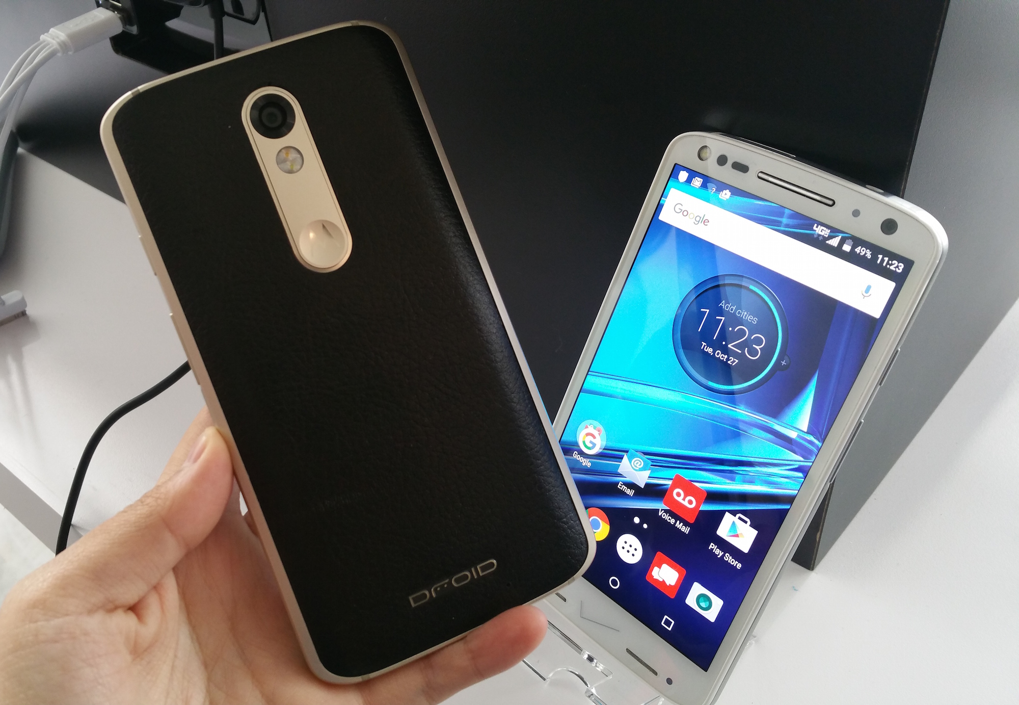 Motorola Corporate Vice President Jeff Miller Tells Us That Because Of Its  Relationship With Verizon's Droid Motorola Droid Turbo 2