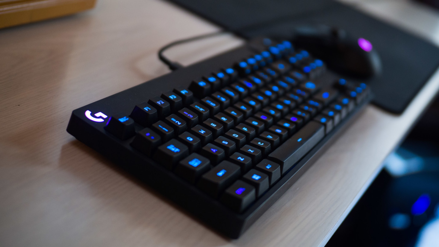 Review Logitech S G Pro Keyboard Is Overkill Of The Best Kind